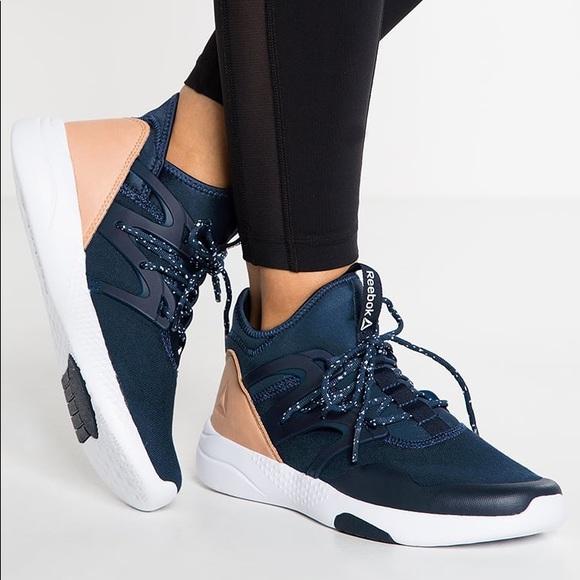c1ddd7c9610 Reebok Hayasu Dance Studio Sneakers Navy Blue 7. M 5b43e02c3c9844f562810e79